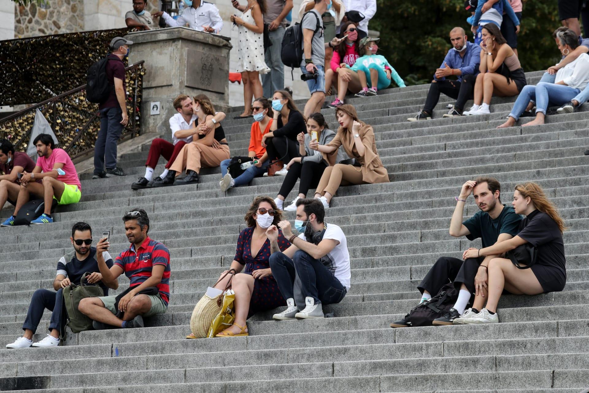 """كورونا في أوروبا.. مؤشرات تدق ناقوس الخطر من جديد لفترة قادمة """"أكثر صعوبة"""""""
