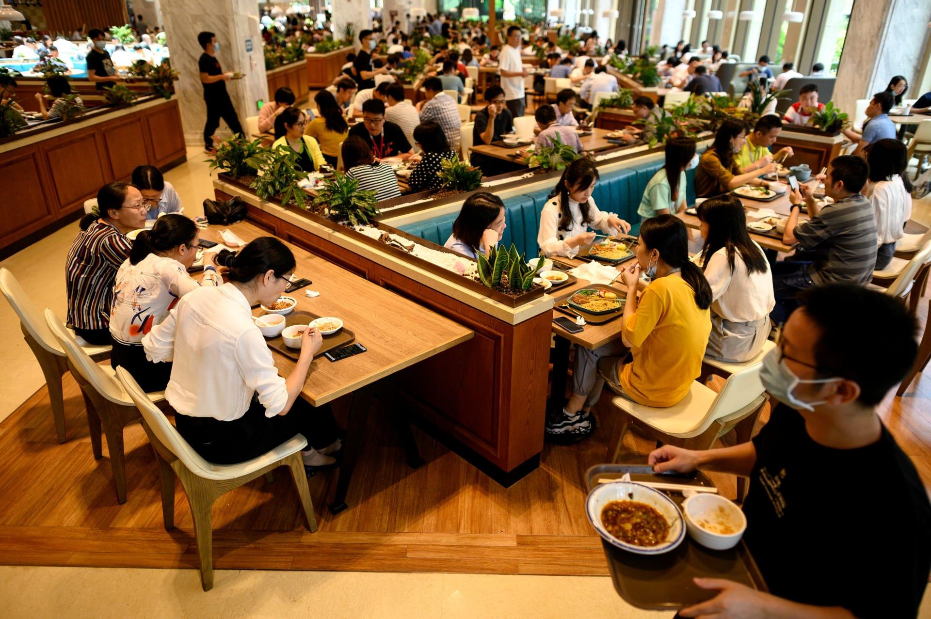 """الصين.. تناول وجبات الطعام أصبحت تحت """"المراقبة"""""""