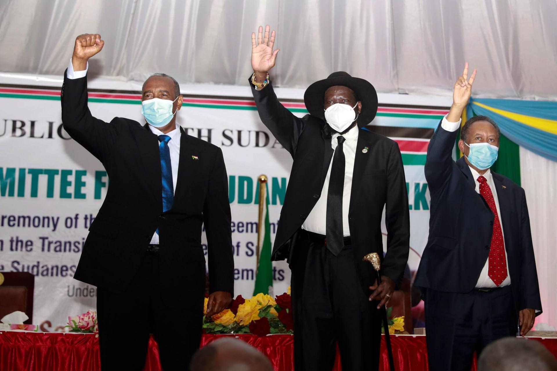 اتفاق السلام في السودان.. حمدوك يهديه للأطفال النازحين ورسالة من البرهان للحلو ونور