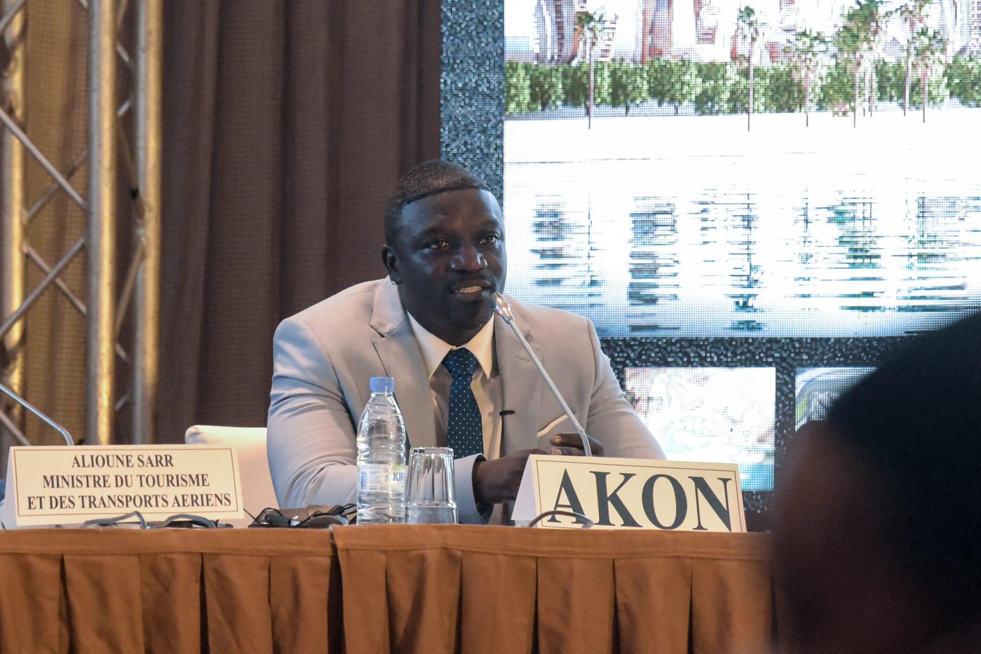 """نسخة حقيقية من """"واكاندا"""".. المغني إيكون يخطط لبناء مدينة مستقبلية في السنغال"""