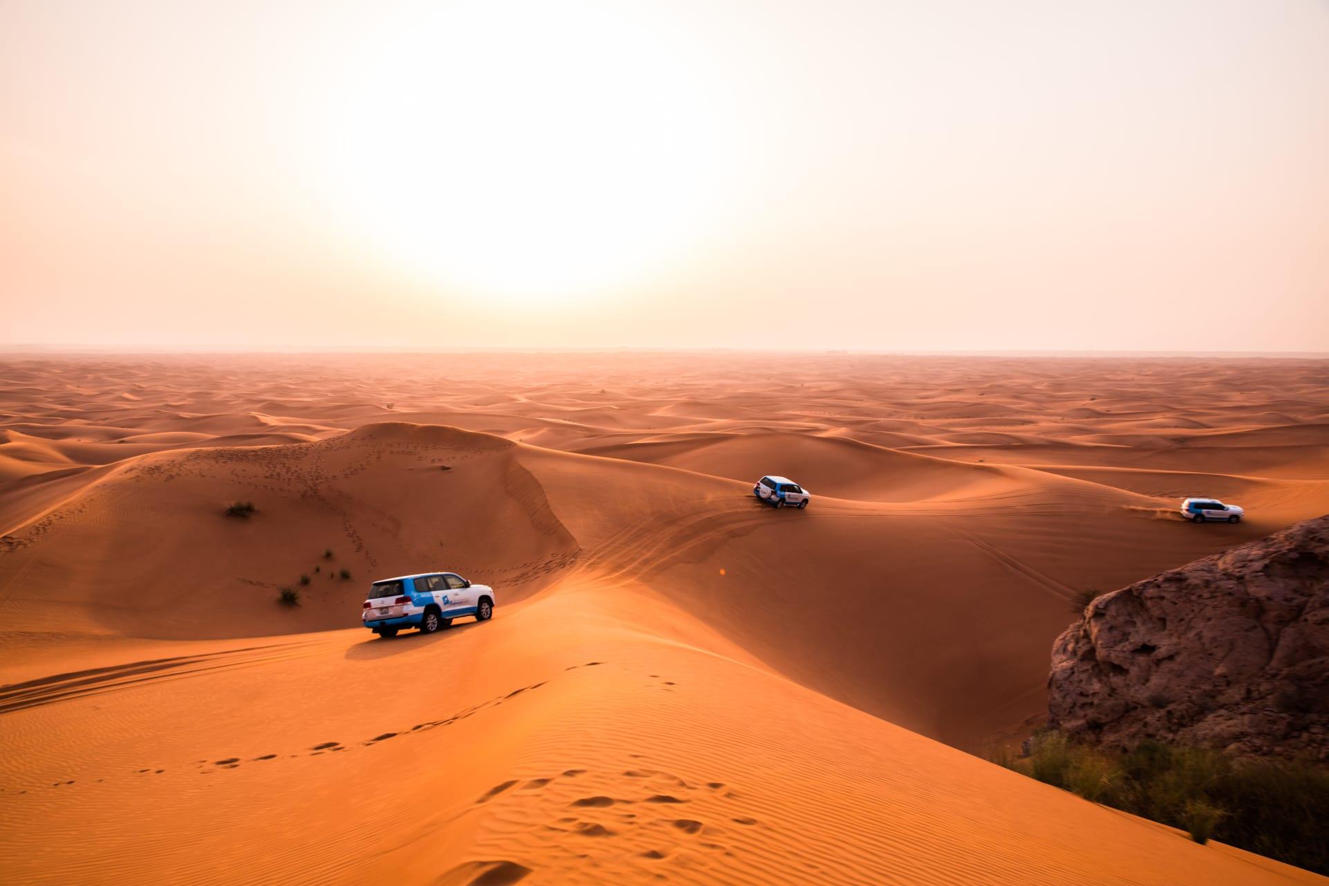 """بين كثبان دبي.. هذا ما تبدو عليه """"أفضل تجربة سياحية"""" في العالم لعام 2020"""