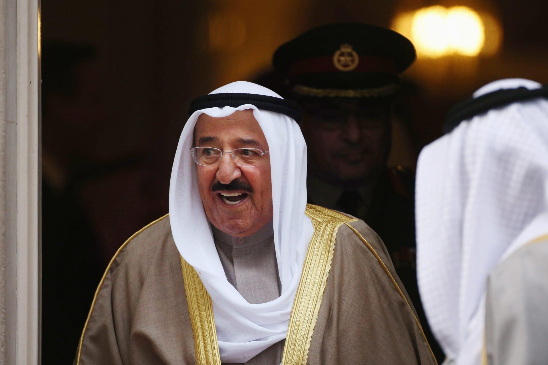 بينهم الملك عبدالعزيز آل سعود.. هؤلاء القادة حصلوا على وسام الاستحقاق الأمريكي الممنوح لأمير الكويت