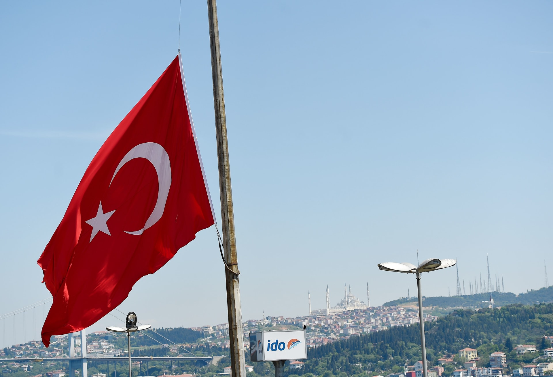 """سفير تركيا لدى واشنطن يرد على مقال أمريكي وصف أنقرة بـ""""التطرف"""" ومصر والسعودية والإمارات بـ""""الاعتدال"""""""