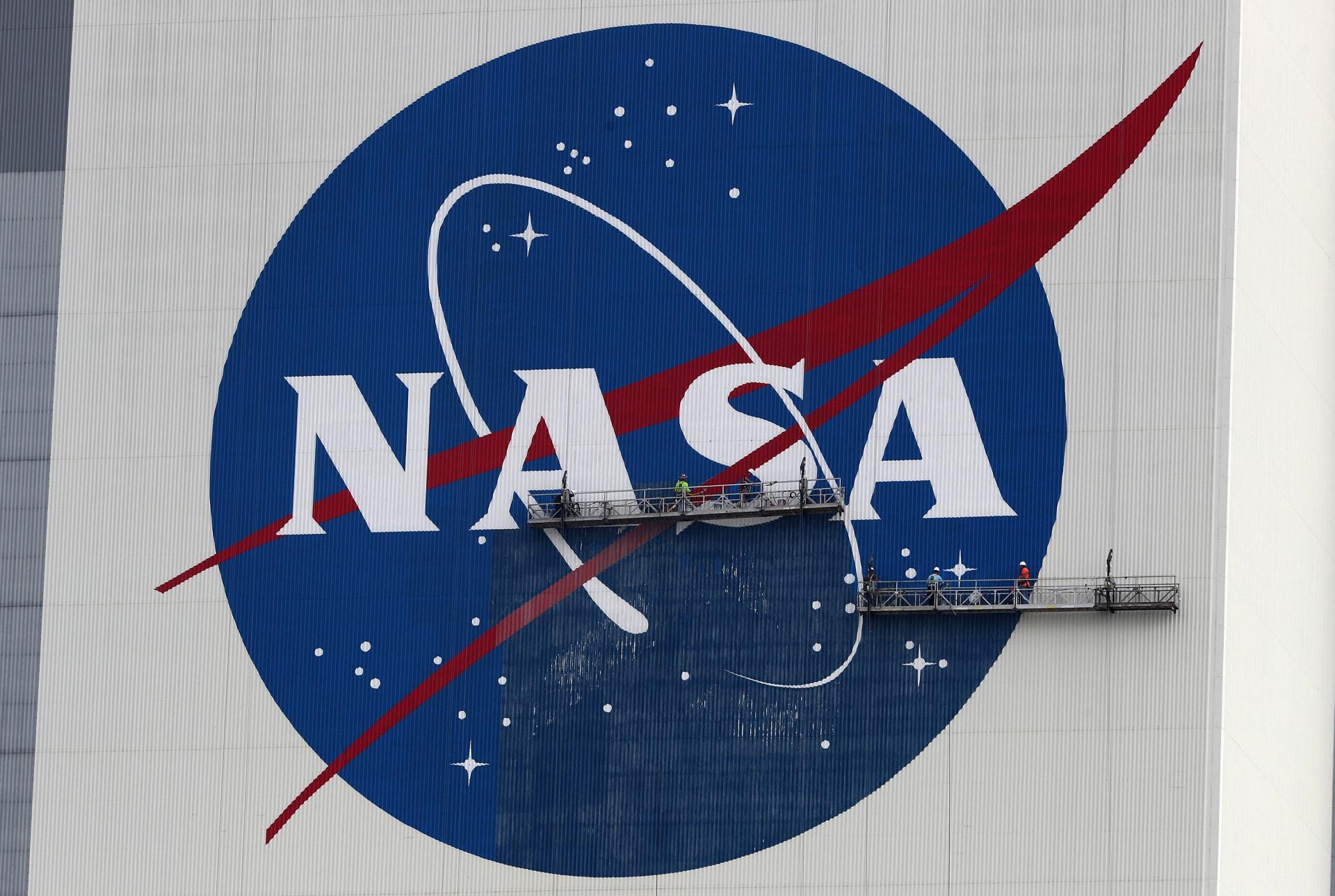 محمد بن راشد يُعلن عن اتفاقية لتدريب رواد فضاء إماراتيين في (ناسا)