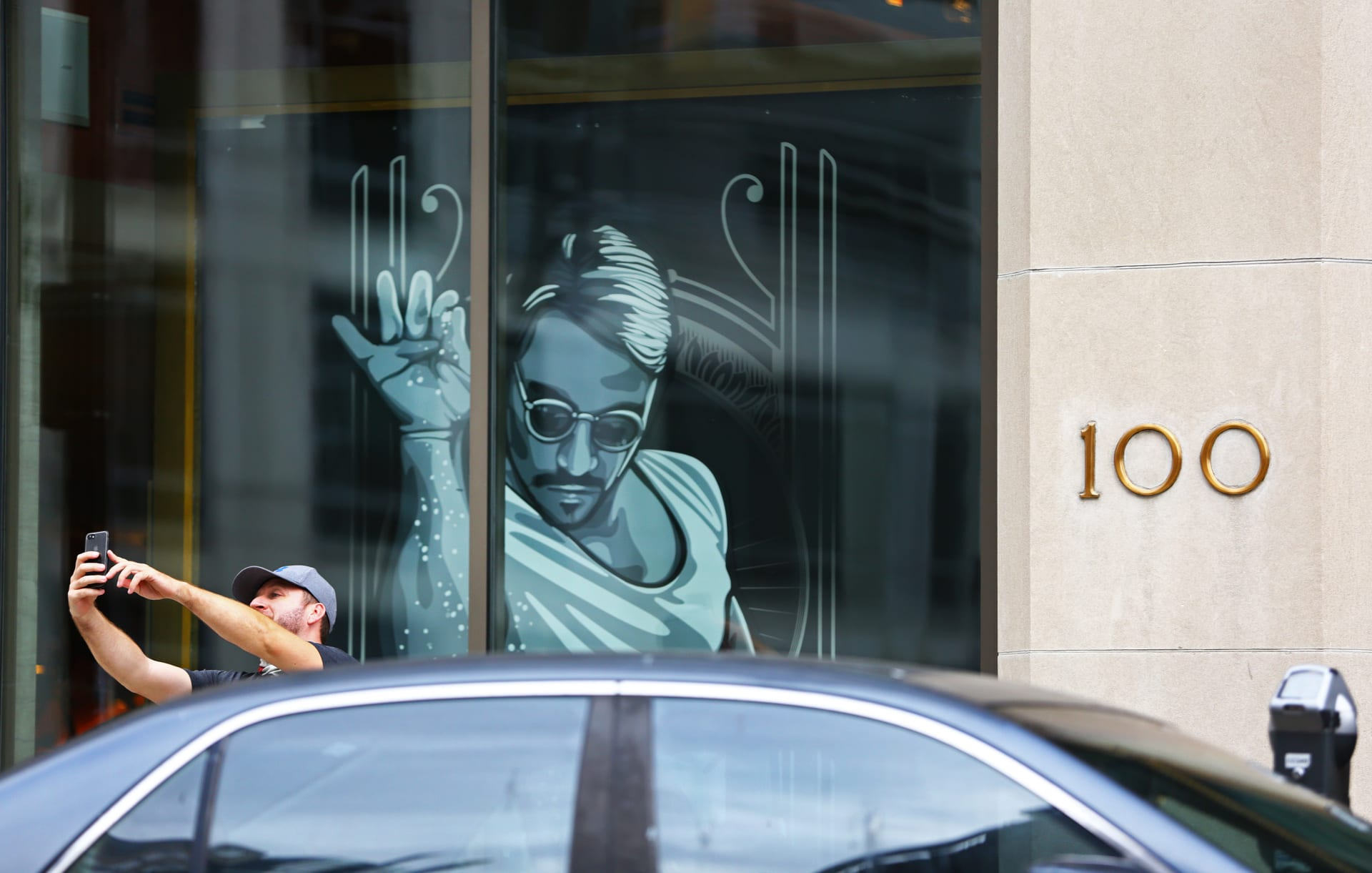 """مطعم """"حبيب الملح"""" يفشل في تطبيق إجراءات السلامة بظل فيروس كورونا ومدينة بوسطن تأمر بإغلاقه"""