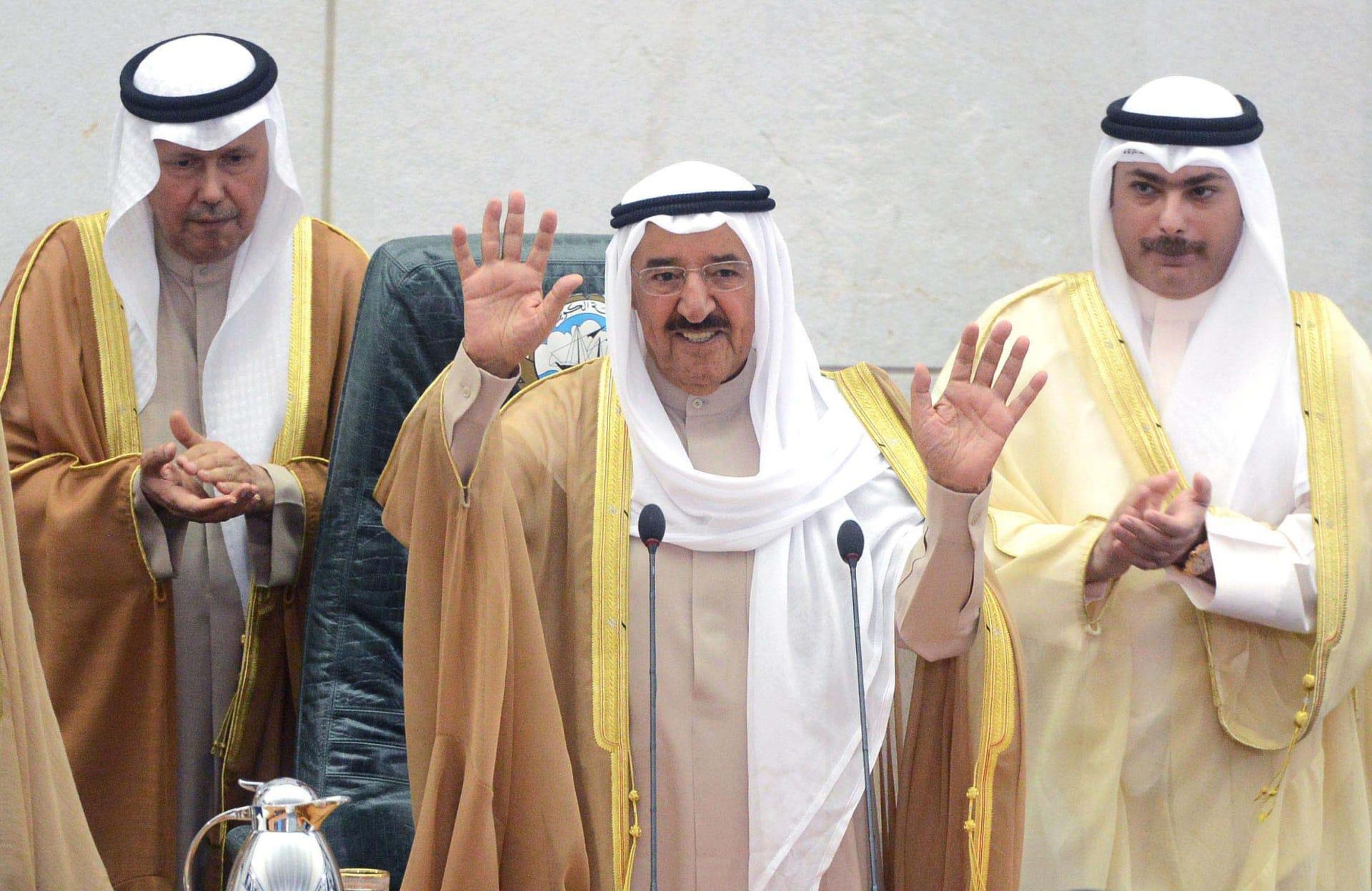 بكلمات مؤثرة.. مرزوق الغانم ينعى الشيخ صباح الأحمد الجابر الصباح: عاجز عن تصور أنني لن ألتقيك مجددا