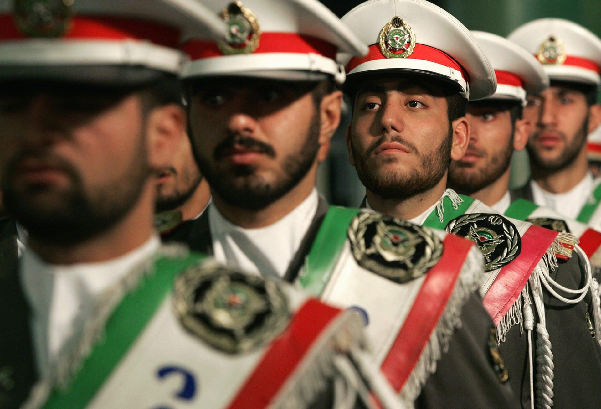 """إيران ترد على إعلان السعودية القبض على خلية تدربت بمعسكرات الحرس الثوري: """"مسرحية تافهة"""""""