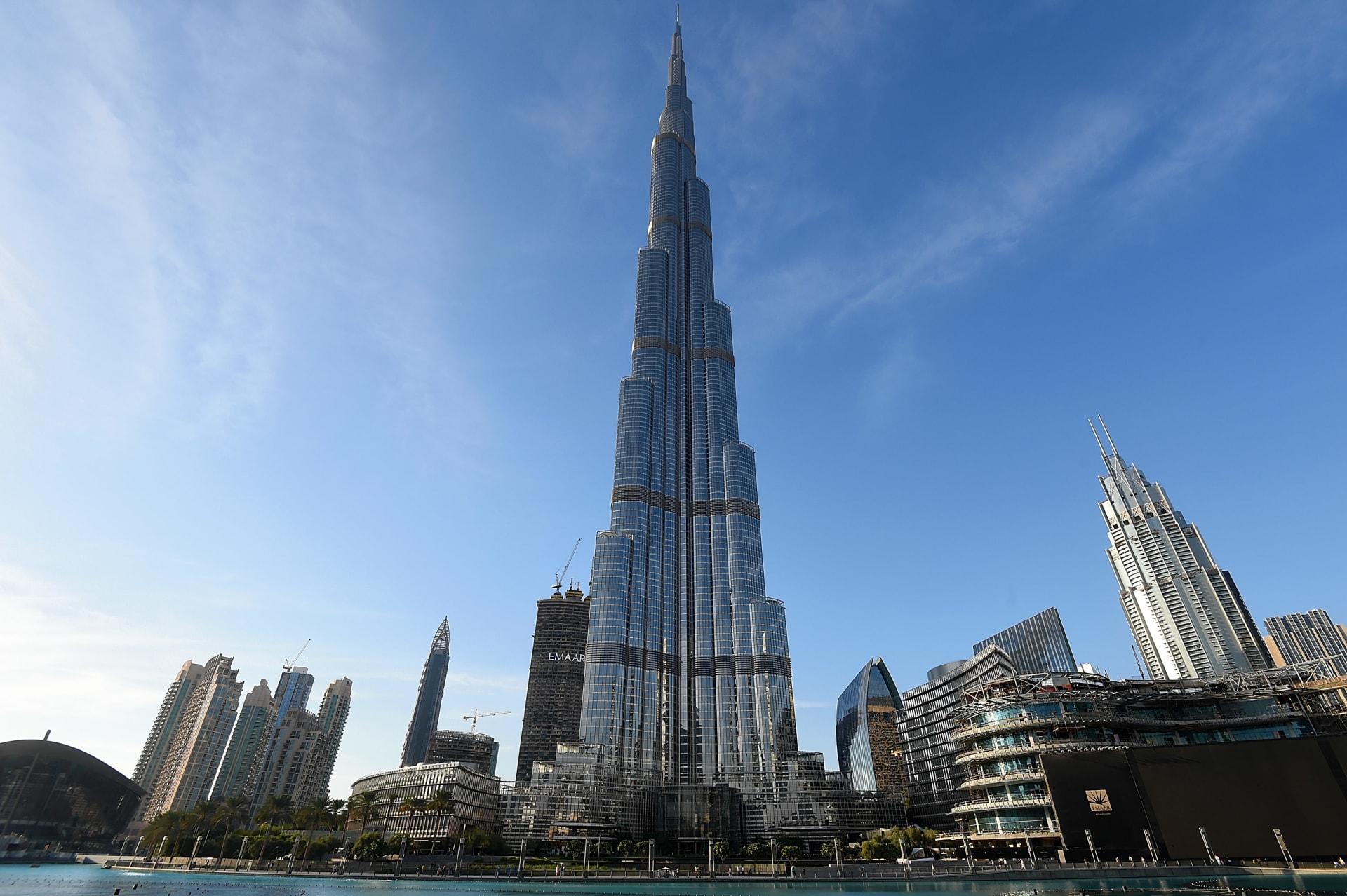 برج خليفة ولوفر أبوظبي من مشاريعها.. شركة أرابتك تلجأ للتصفية