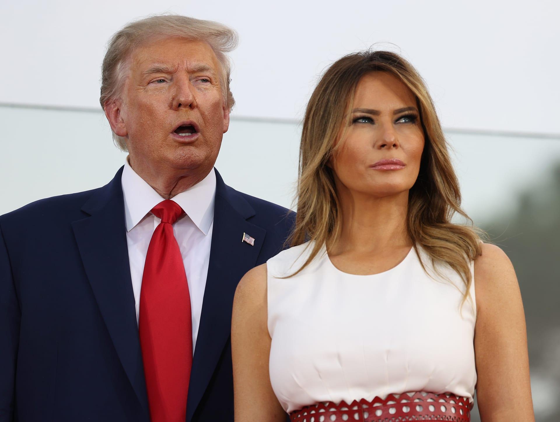صورة أرشيفية لميلانيا وزوجها الرئيس الأمريكي دونالد ترامب