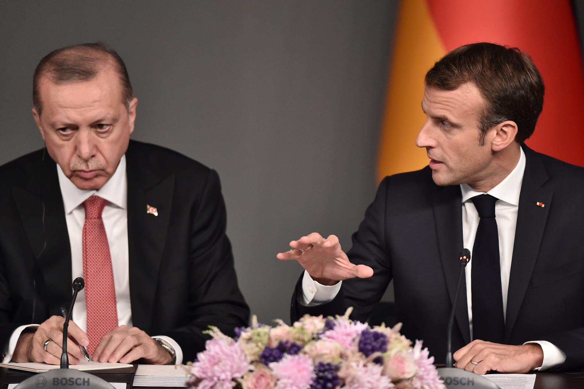 """أردوغان ردا على تصريحات ماكرون حول الإسلام: """"وقاحة وقلة أدب"""""""
