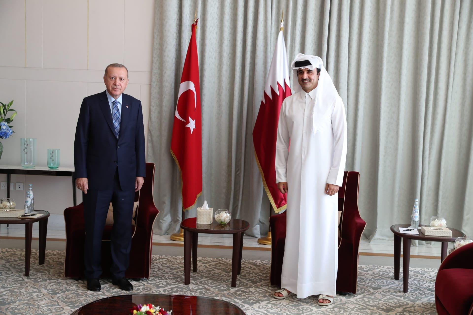 جدل وجود تركيا العسكري في الدوحة يستمر.. مسؤول قطري يدافع