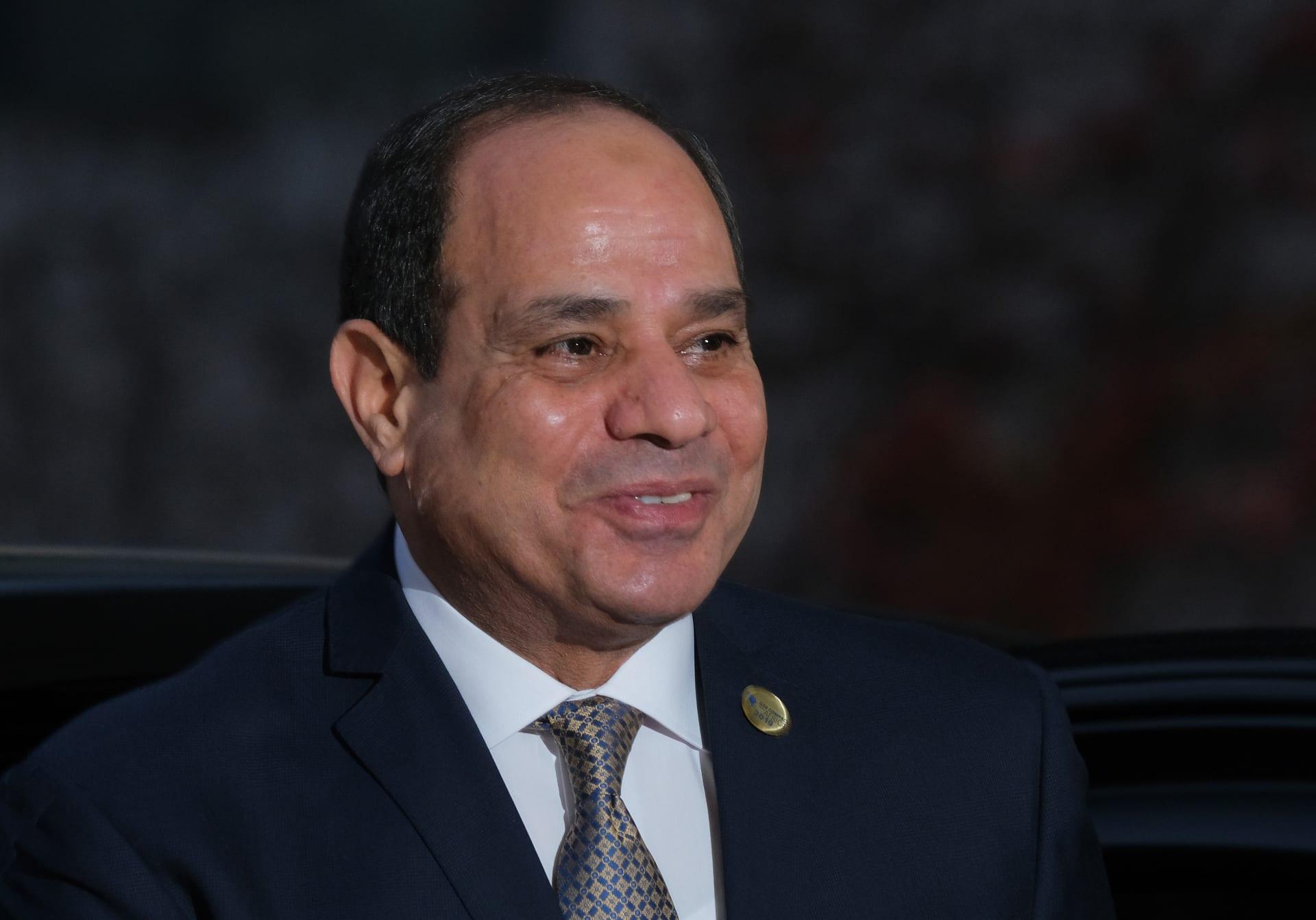 """السيسي يرفض """"المصالحة"""" ويؤكد: لا يمكن هزيمة مصر وشعبها متكاتف"""