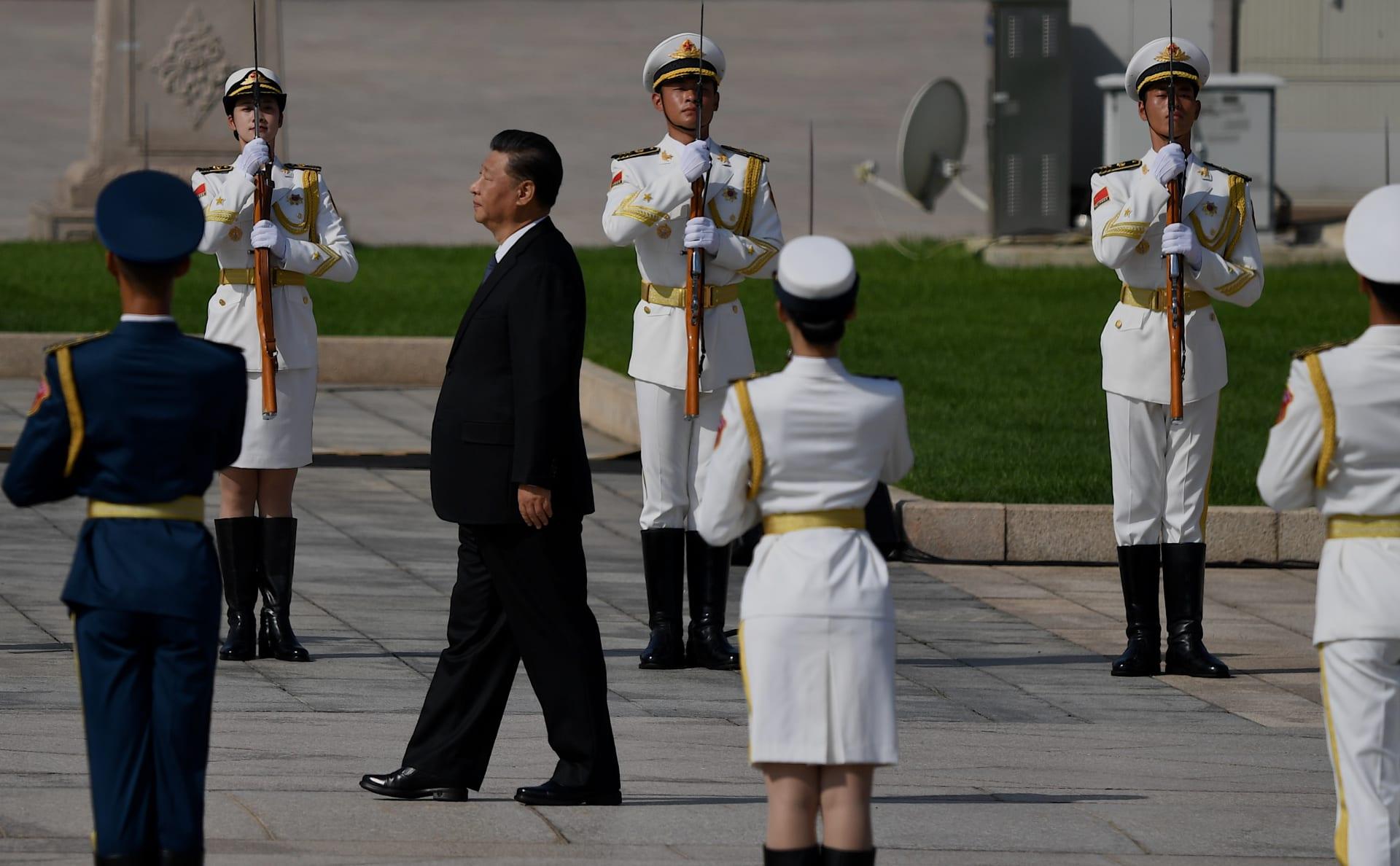"""في غضون التوتر بين أمريكا والصين.. جين بينغ للجيش: """"استعدوا للحرب"""""""