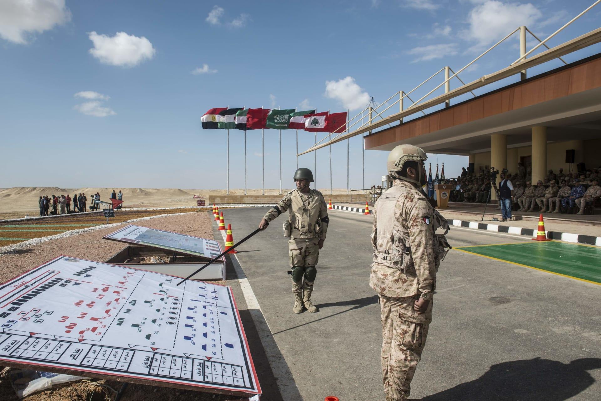 """الجيش المصري ينفذ المرحلة الرئيسية لمناورة """"ردع - 2020"""" بالذخيرة الحية"""