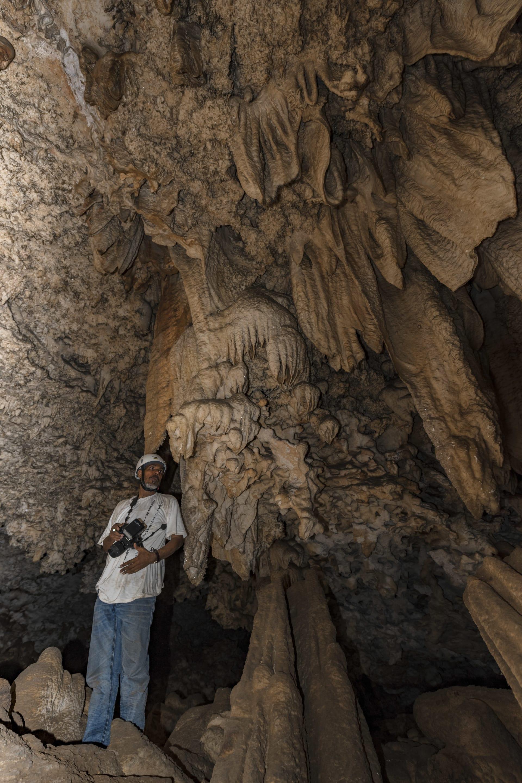 كهف الكتان في سلطنة عمان