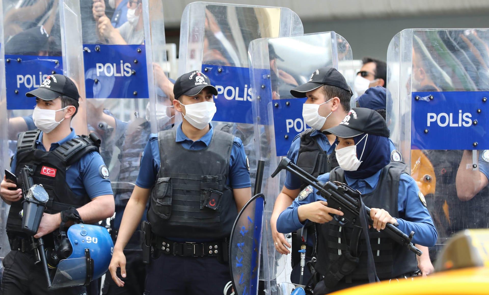 """السفارة الأمريكية في تركيا تُحذر: """"تقارير موثوقة عن هجمات وعمليات خطف محتملة ضد مواطنيننا"""""""