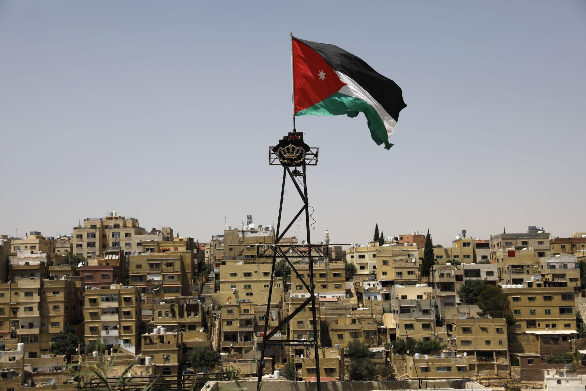 الاعتداء على خطيب جمعة في الأردن