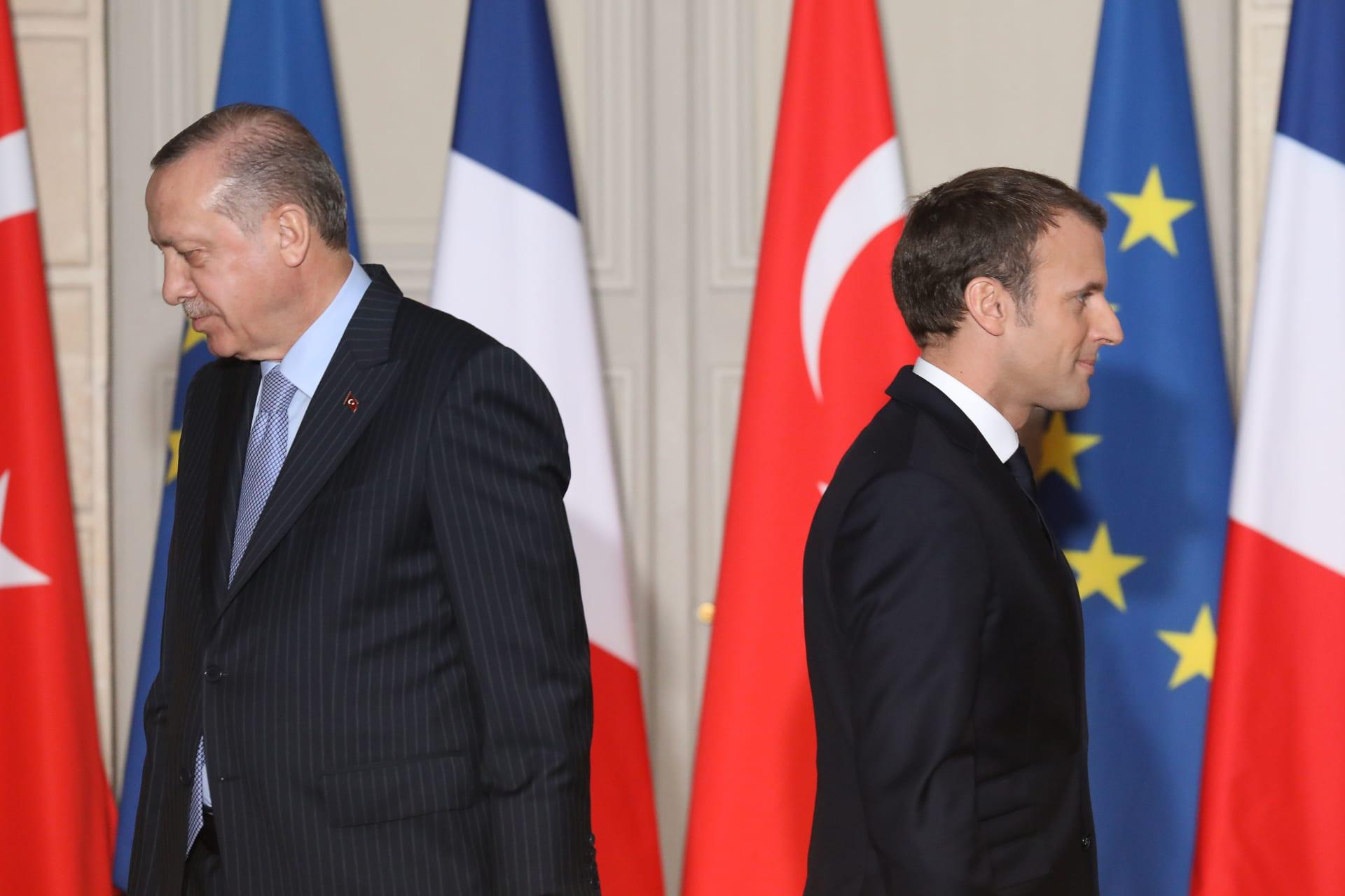 """""""إهانة وفظاظة غير مقبولة"""".. فرنسا ترفض تصريحات أردوغان عن ماكرون.. وتستدعي سفيرها"""