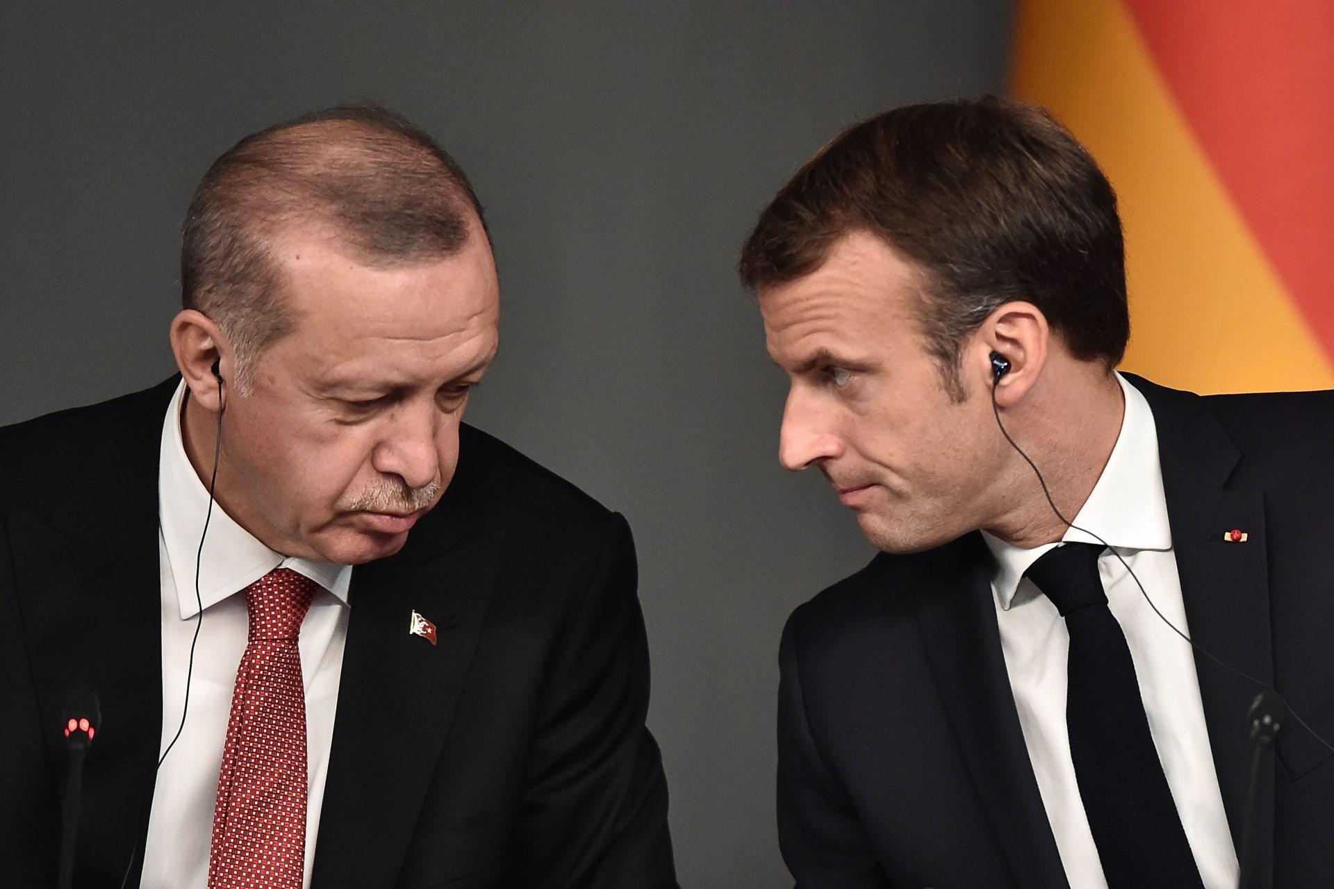 """أردوغان: زعيم دولة دافع عن تصرفات قبيحة بحق النبي..  وعداء فرنسا للإسلام """"انحراف"""""""