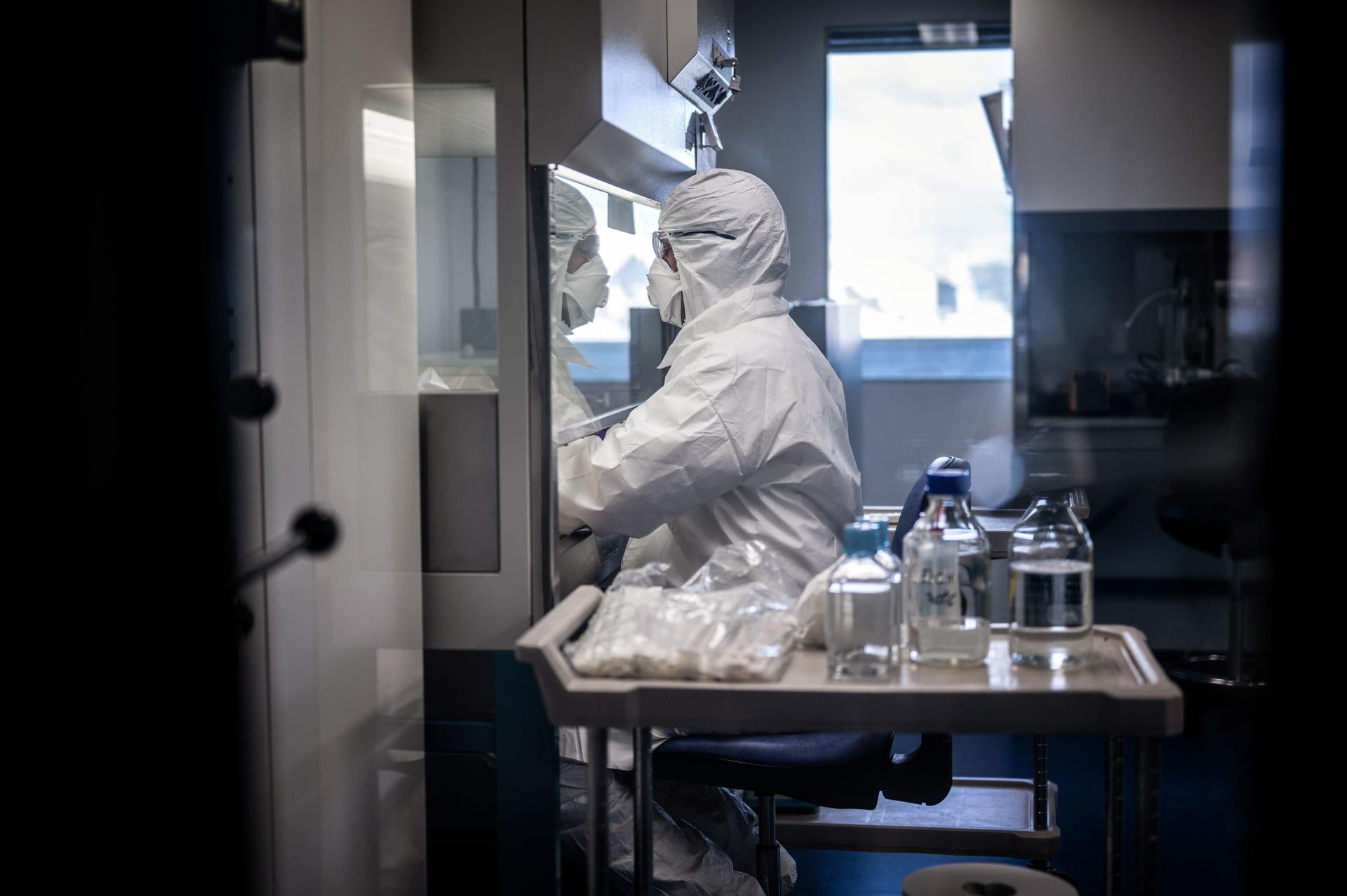 رئيس لقاح أكسفورد: متفائل بإمكانية الوصول إلى نتائج تجارب فيروس كورونا هذا العام