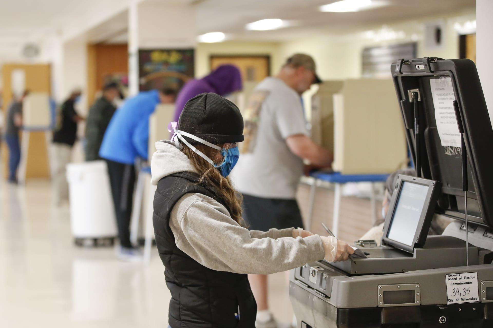 5 خطوات آمنة للتصويت في الانتخابات إذا كنت مصاباً بفيروس كورونا