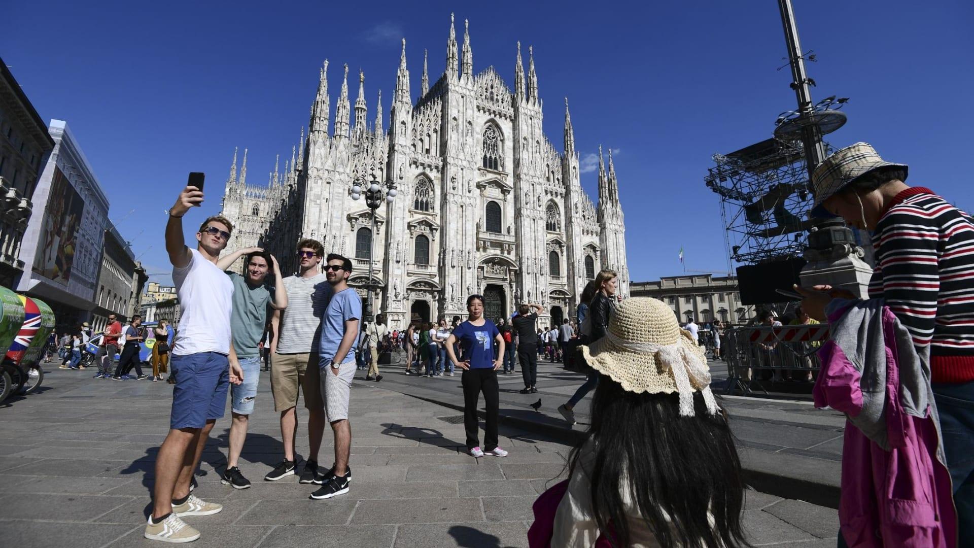 مدن إيطاليا تتحول لمدن أشباح وسط الإغلاق الثاني بسبب كورونا
