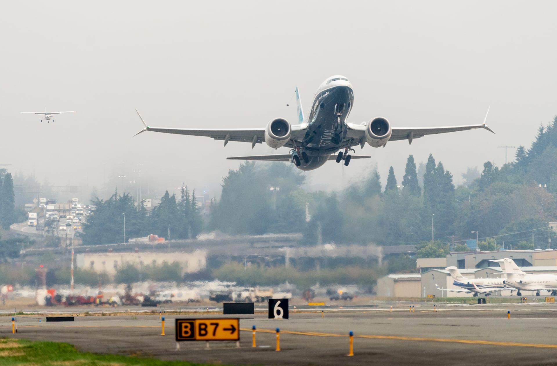 """طائرة بوينغ""""737 ماكس"""""""