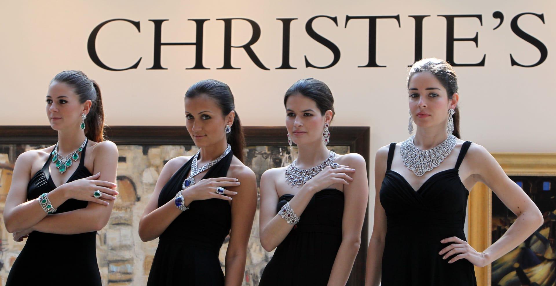 من مجوهرات إلى موروثات عائلية.. هنا يحتفظ أثرياء دبي بمقتنياتهم الثمينة