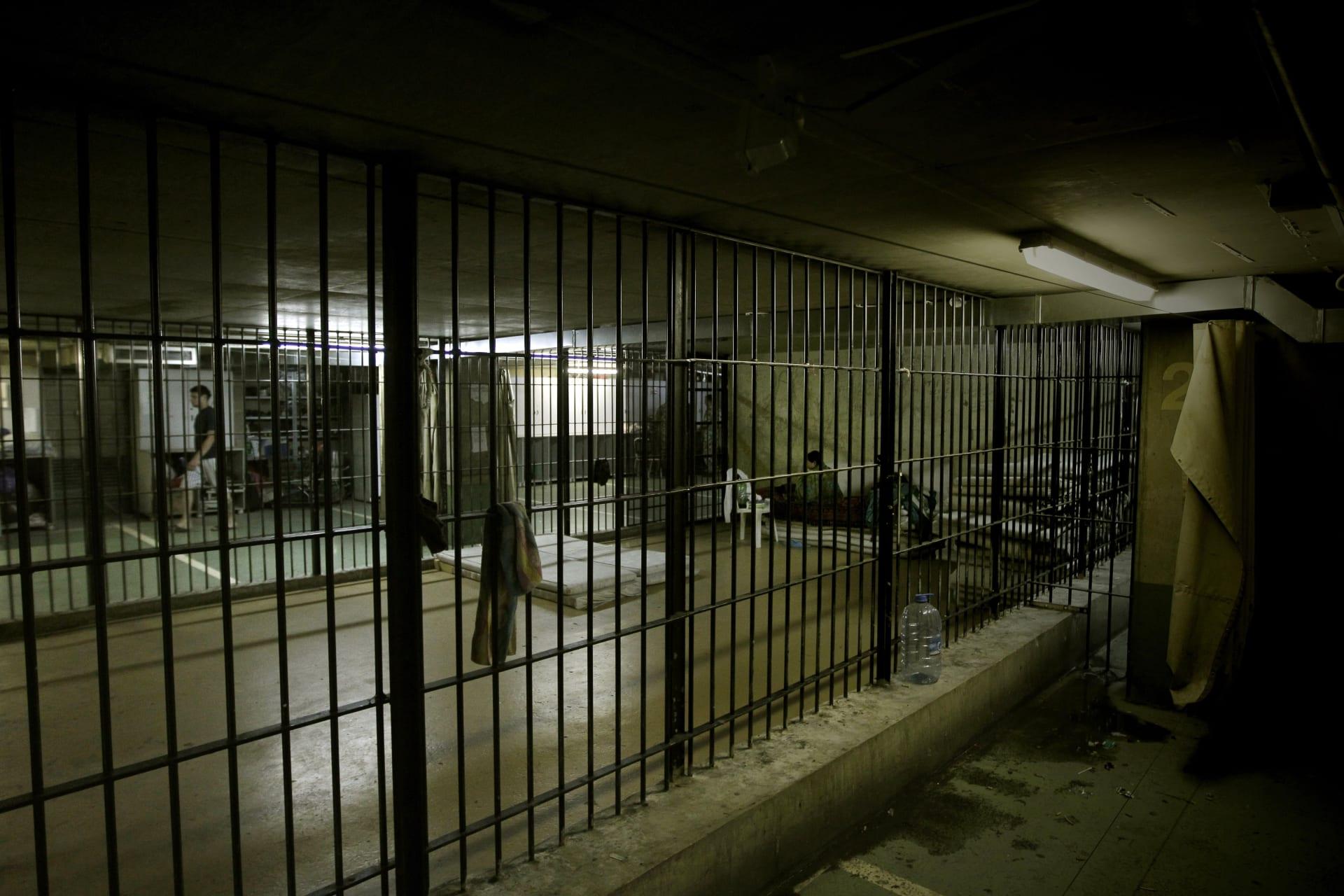 """""""هروب جماعي"""".. فرار مجموعة من سجن بعبدا في لبنان ومقتل عدد منهم أثناء المطاردة"""