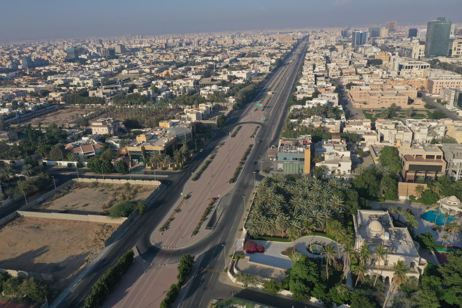 السعودية: اعتداء إرهابي يسفر عن حريق في حزان للوقود بمحطة توزيع منتجات برتولية في جدة