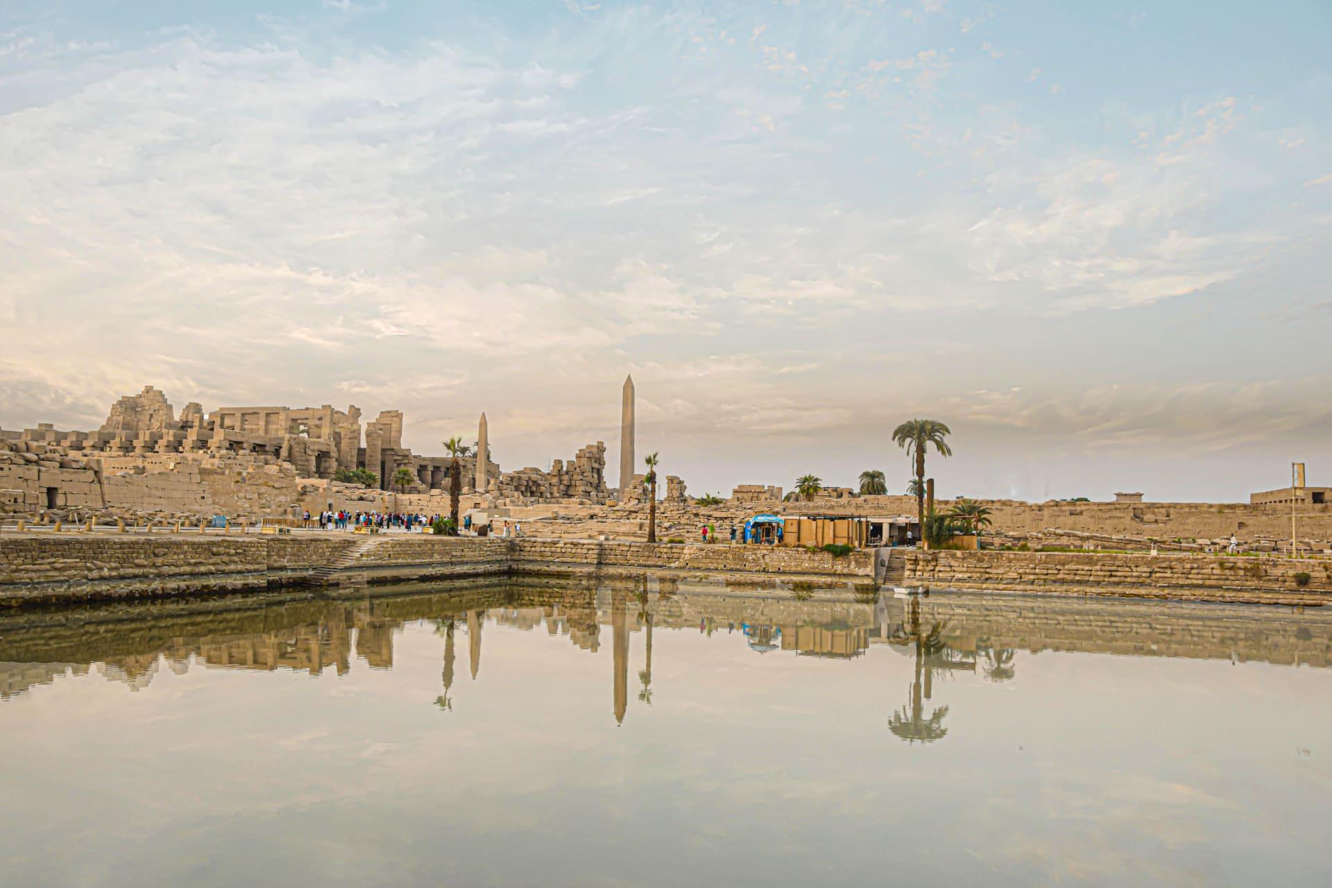 البحيرة المقدسة في معبد الكرنك بالأقصر