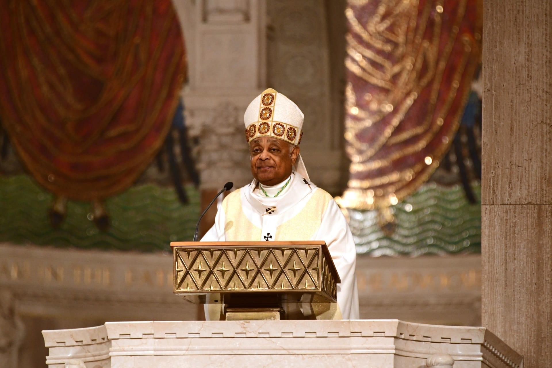 البابا فرانسيس يعين أول كاردينال أمريكي من أصل أفريقي في التاريخ الكاثوليكي