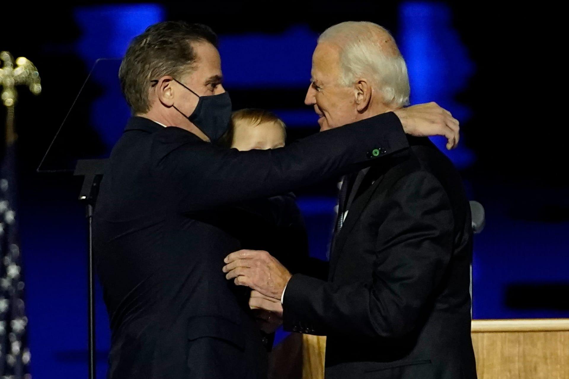 هانتر بايدن يخضع للتحقيق بشأن ضرائبه.. والرئيس المنتخب: فخور بابني