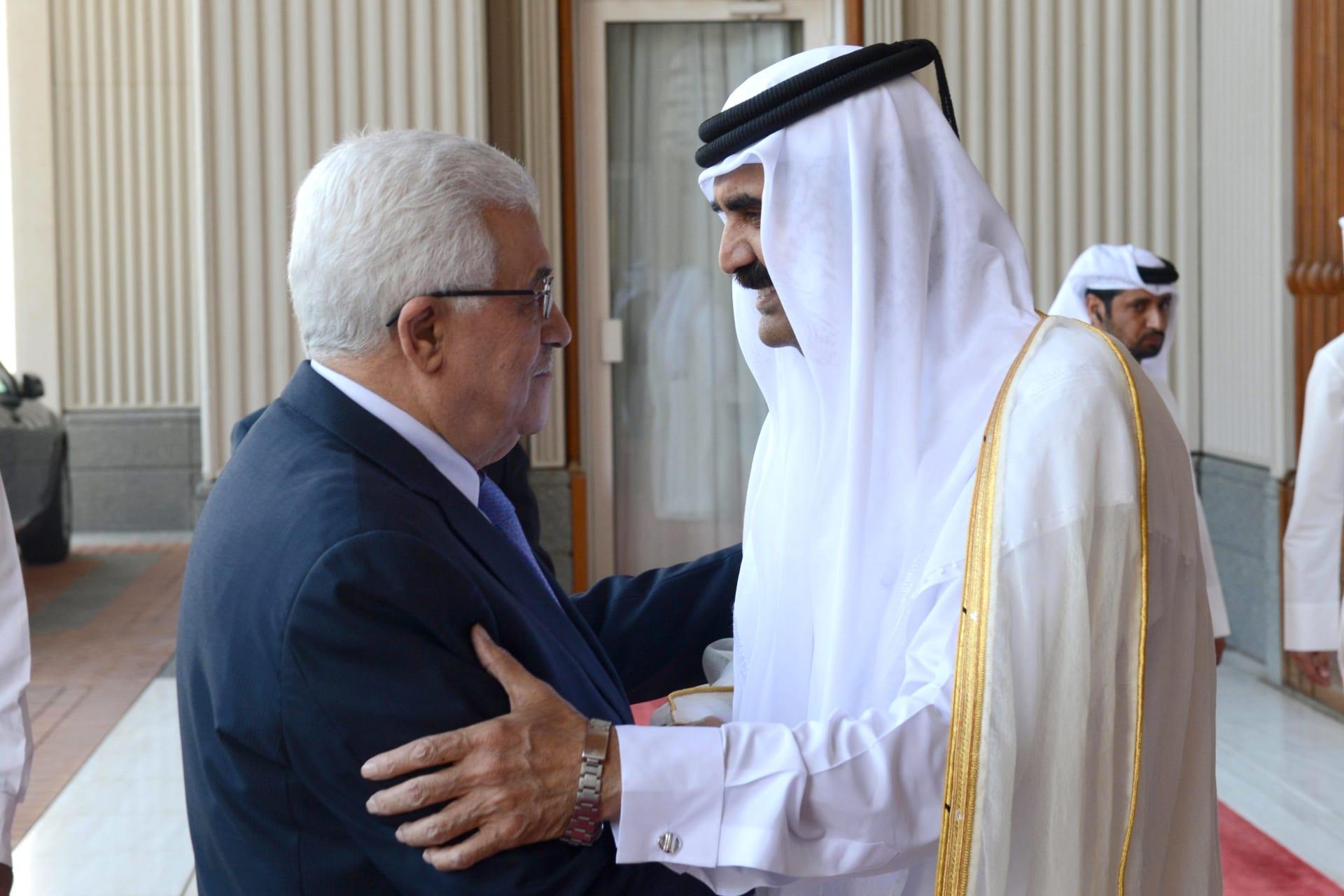 بعد أيام على تطبيع العلاقات بين المغرب وإسرائيل.. عباس يلتقي أمير قطر في الدوحة