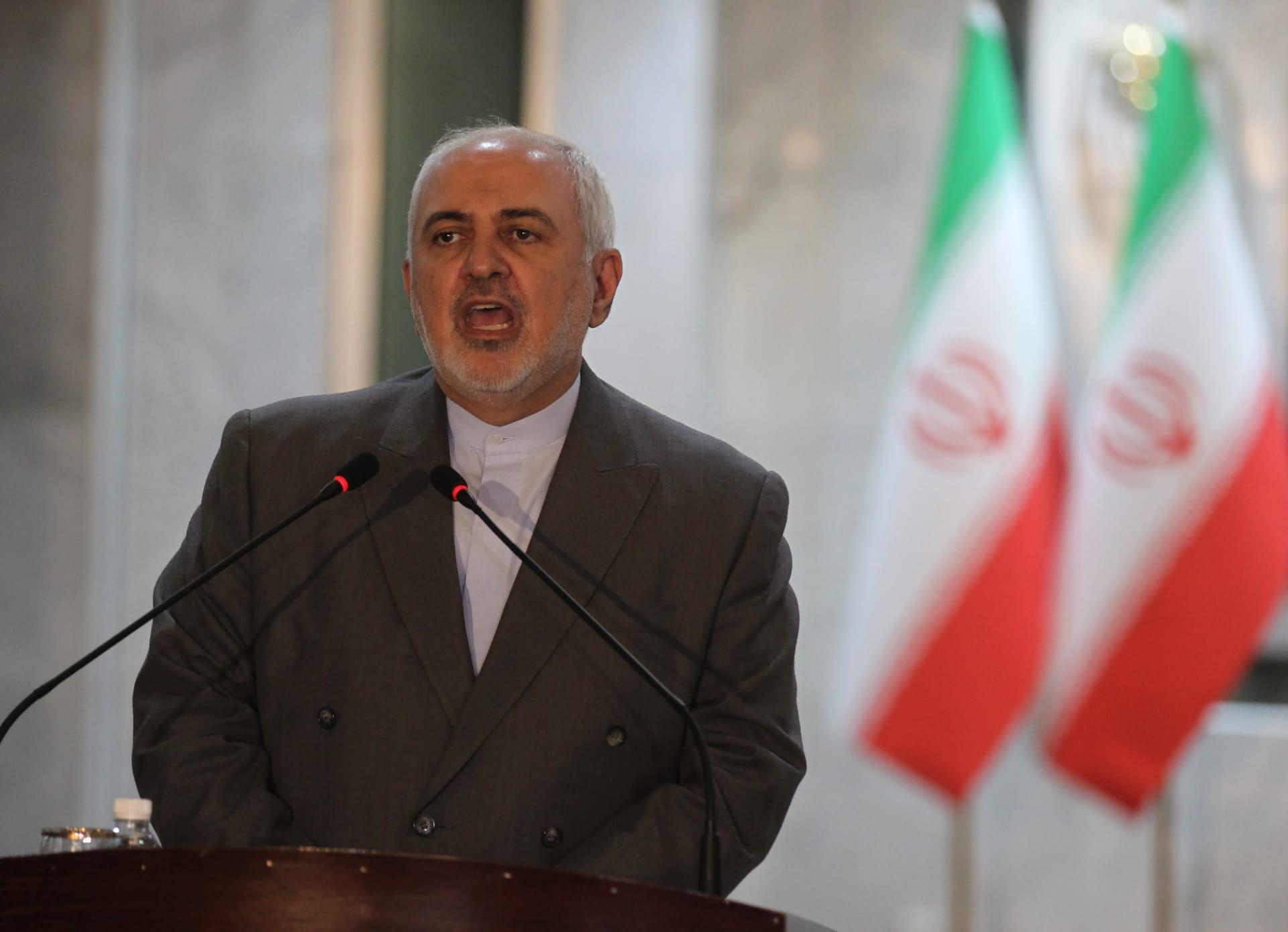 """ظريف: إرسال قاذفات قنابل أمريكية """"ذريعة حرب"""".. وإيران ستدافع عن نفسها """"علانية ومباشرة"""""""