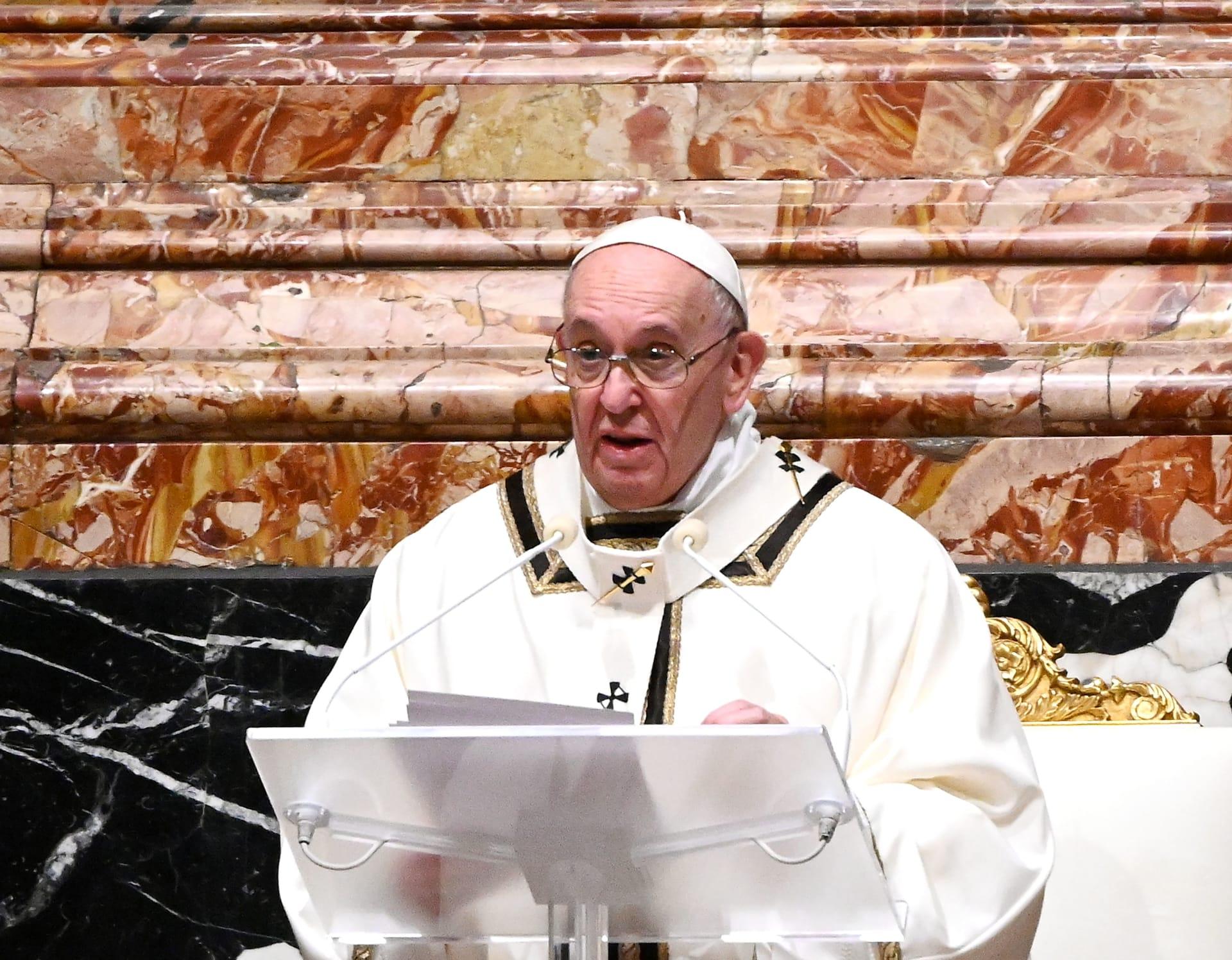 بابا الفاتيكان مُستعد لأخذ لقاح كورونا.. وهكذا رأى اقتحام الكونغرس