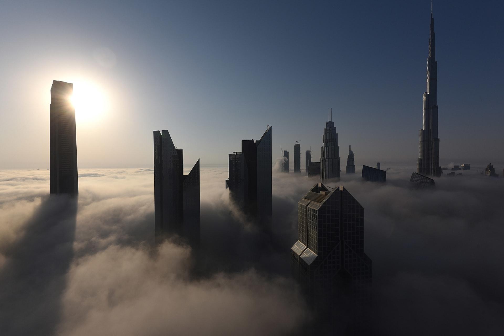 الإمارات تمنح جنسيتها لفئات جديدة.. ومحمد بن راشد: سيسمح للكفاءات بالاحتفاظ بجوازها الأصلي
