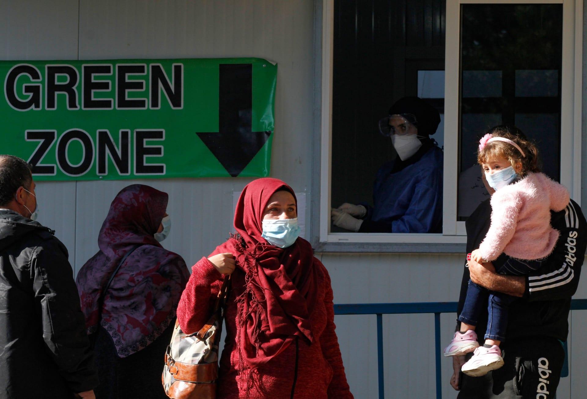 لبنان يمنح إذن استخدام طارئ للقاح سبوتنيك - في الروسي وسط تفاقم أزمة كورونا