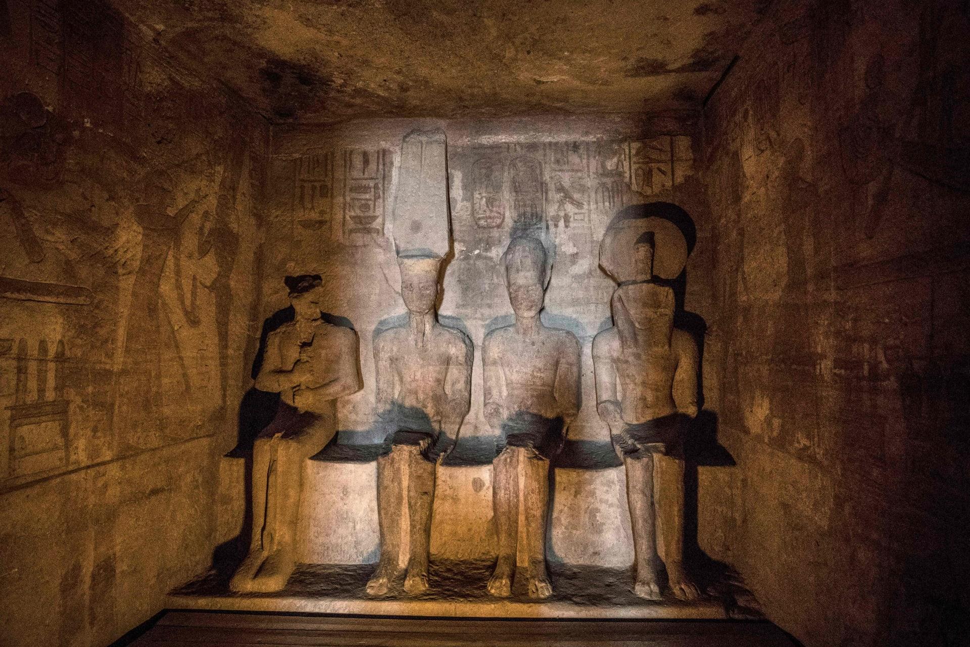 قدس الأقداس داخل معبد أبو سمبل
