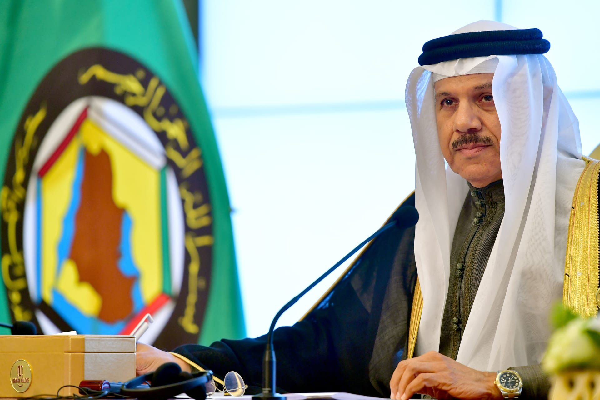 وزير خارجية البحرين يرسل خطابًا لنظيره القطري لدعوته لعقد مباحثات ثنائية