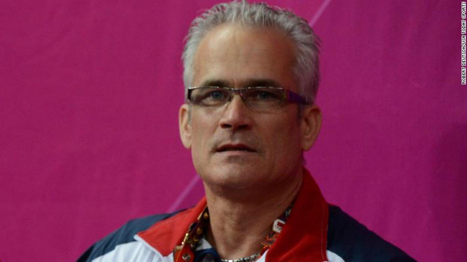 العثور على مدرب أوليمبي أمريكي للجمباز ميتًا بعد اتهامه بالاتجار في البشر  وجرائم جنسية - CNN Arabic