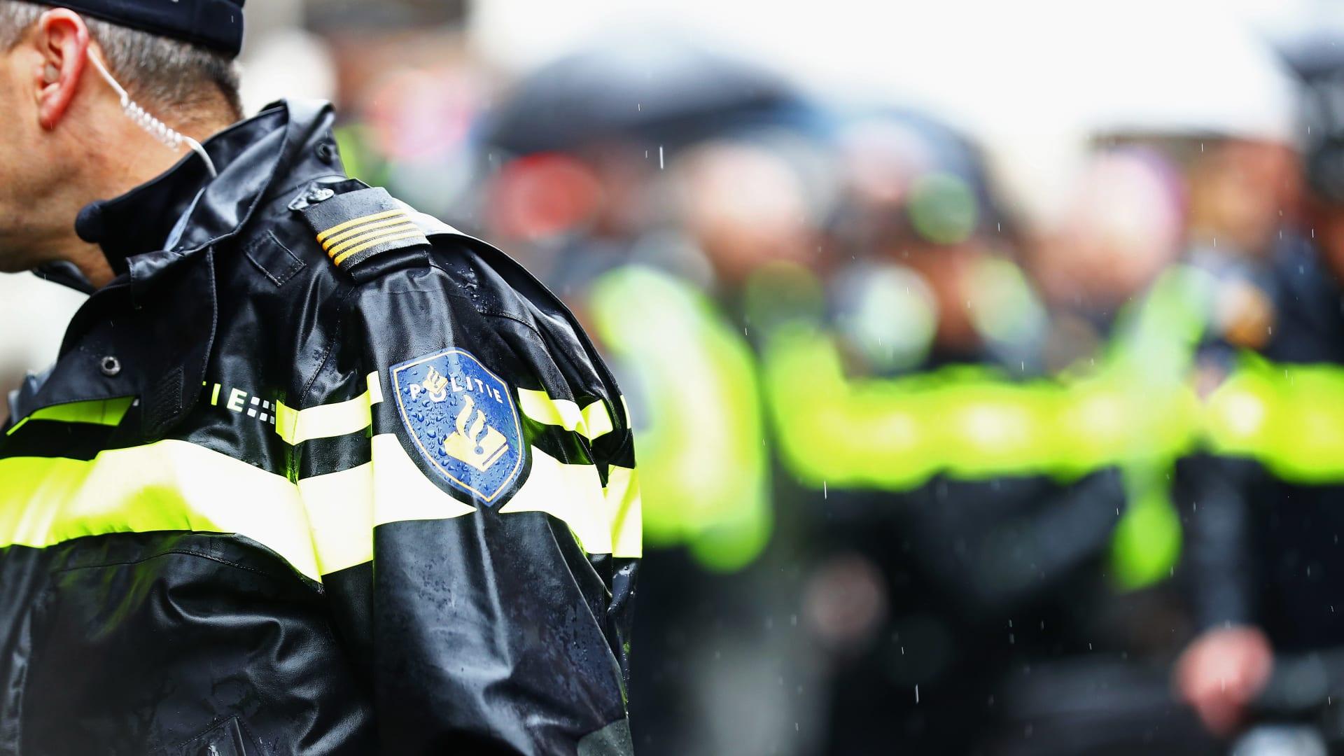 صورة ارشيفية لعنصر بالأمن الهولندي