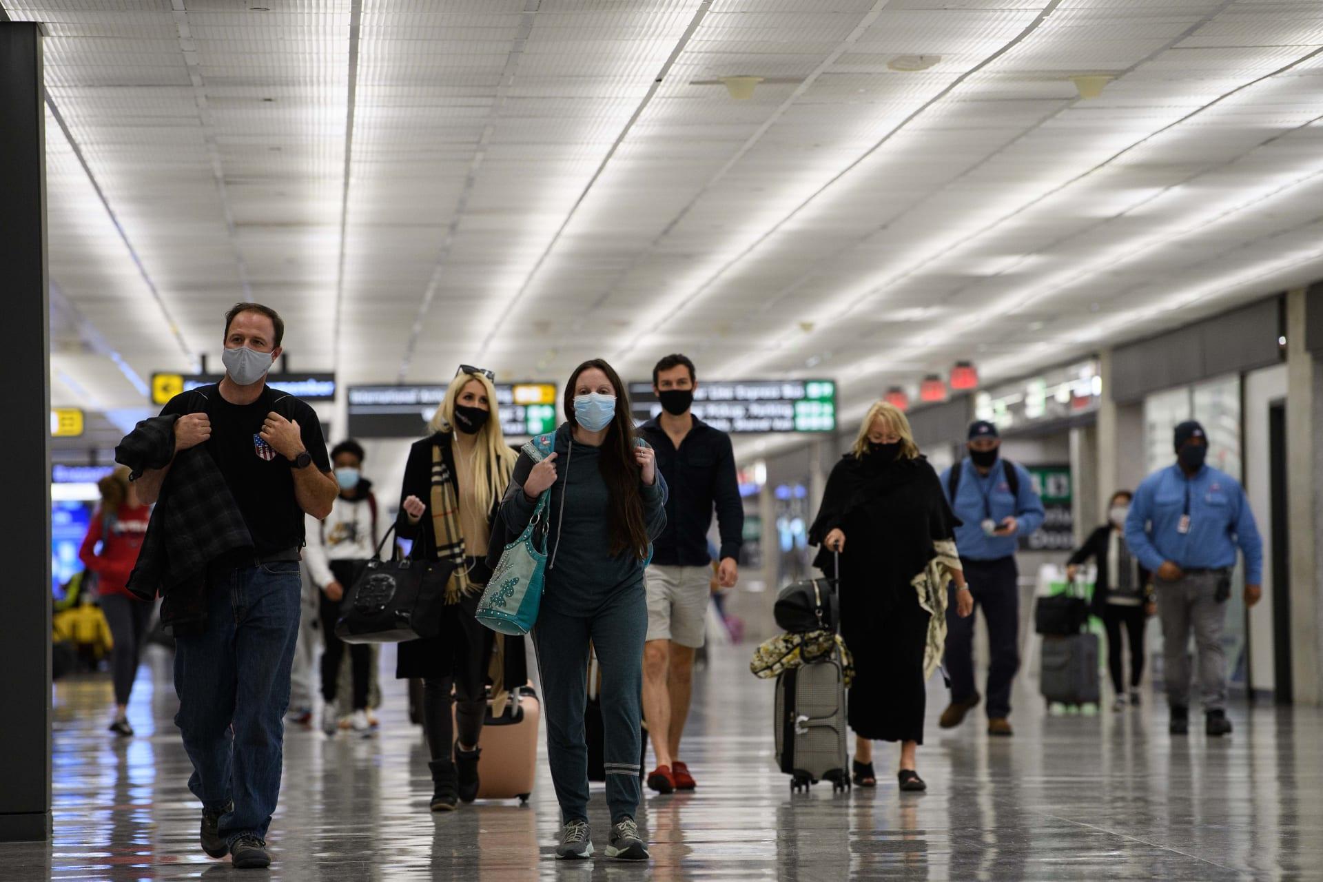 بيان الخارجية الأمريكية بشأن تأشيرات سفر المسلمين وانتهاء حظر ترامب رسميًا