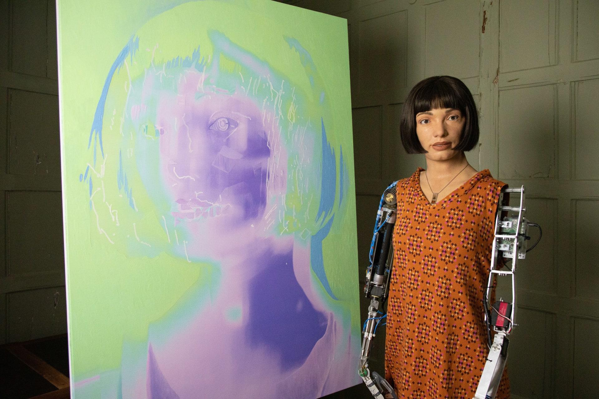 أول روبوت فنان على هيئة إنسان في العالم