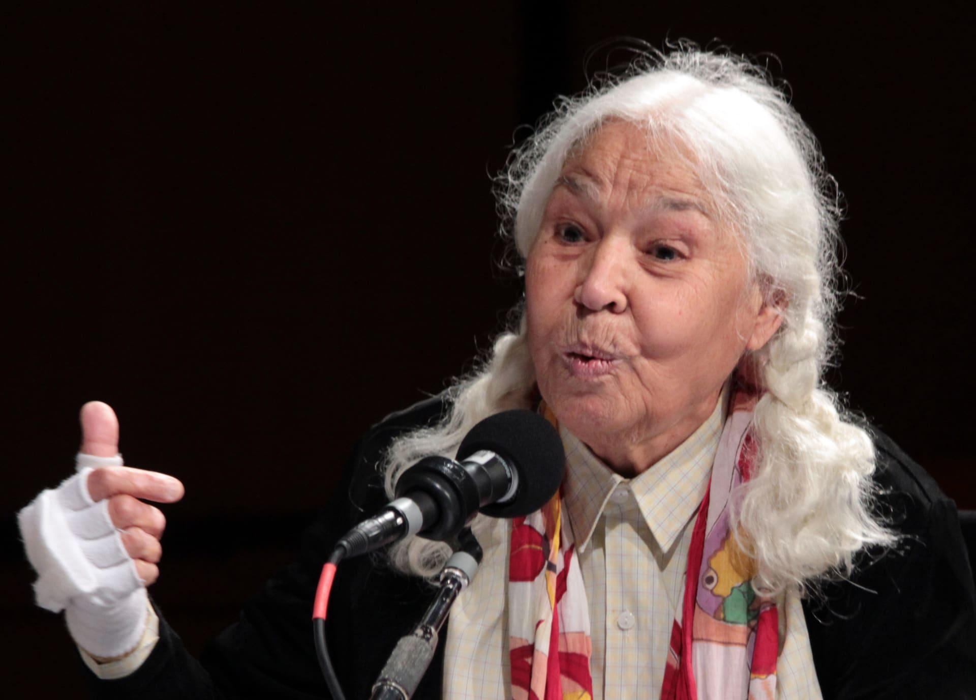 وفاة الكاتبة والروائية المصرية نوال السعداوي عن عمر يقارب الـ٩٠ عامًا