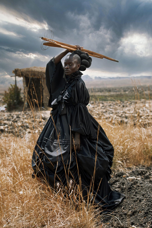 """منها ومضة برق وسط حقل من الخزامى.. إليك أفضل الصور من جوائز """"سوني"""" للتصوير"""