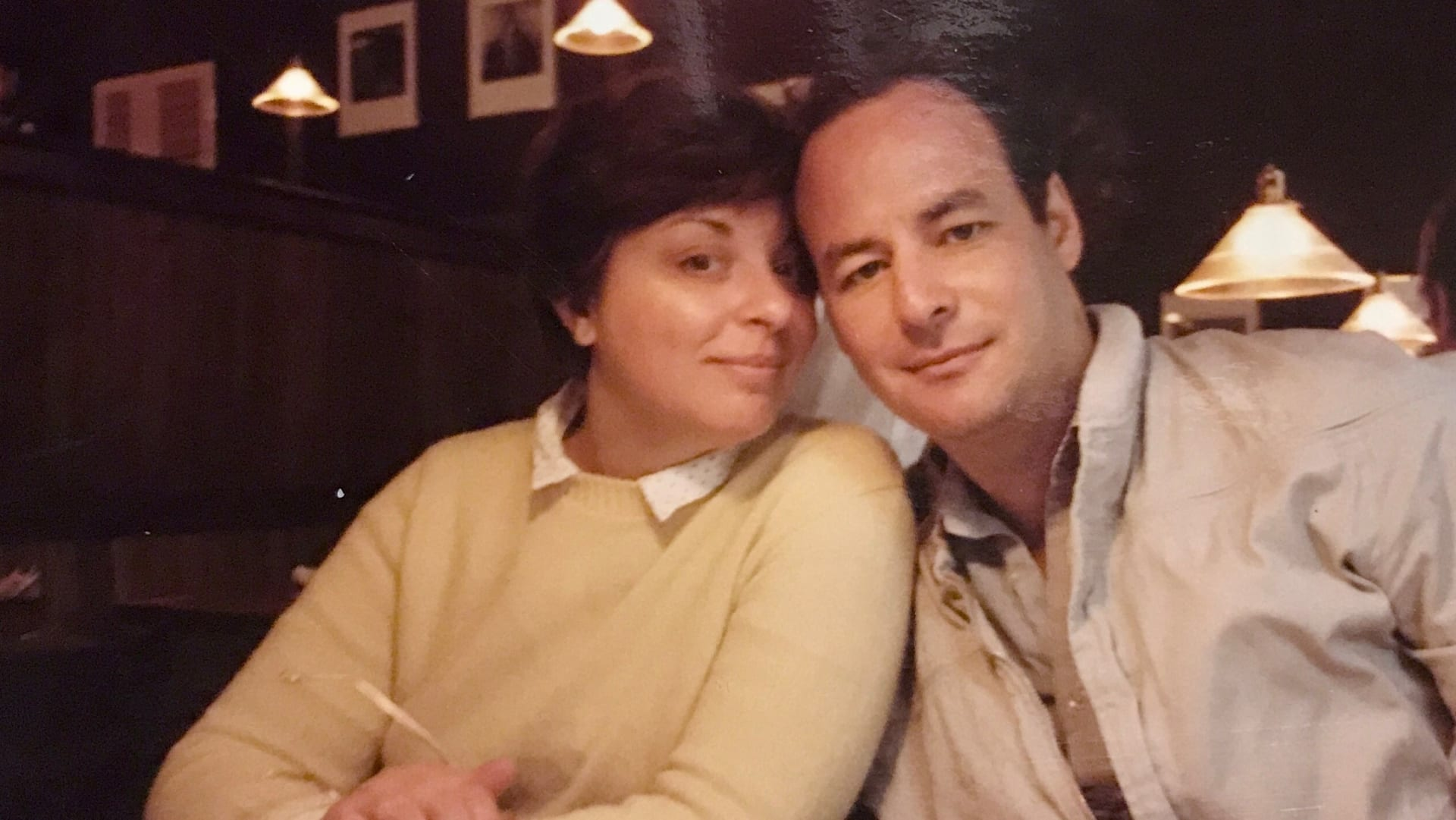 صدفة أدت للأعوام عديدة من السعادة.. ثنائي يقع في الحب من النظرة الأولى على متن رحلة بحرية