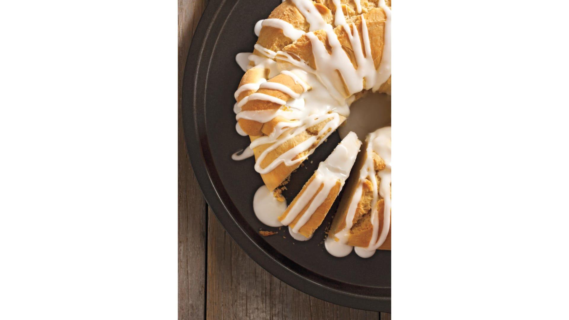 في هذا العام.. لم لا تجرب هذه الوصفة الشهية لخبز عيد الفصح
