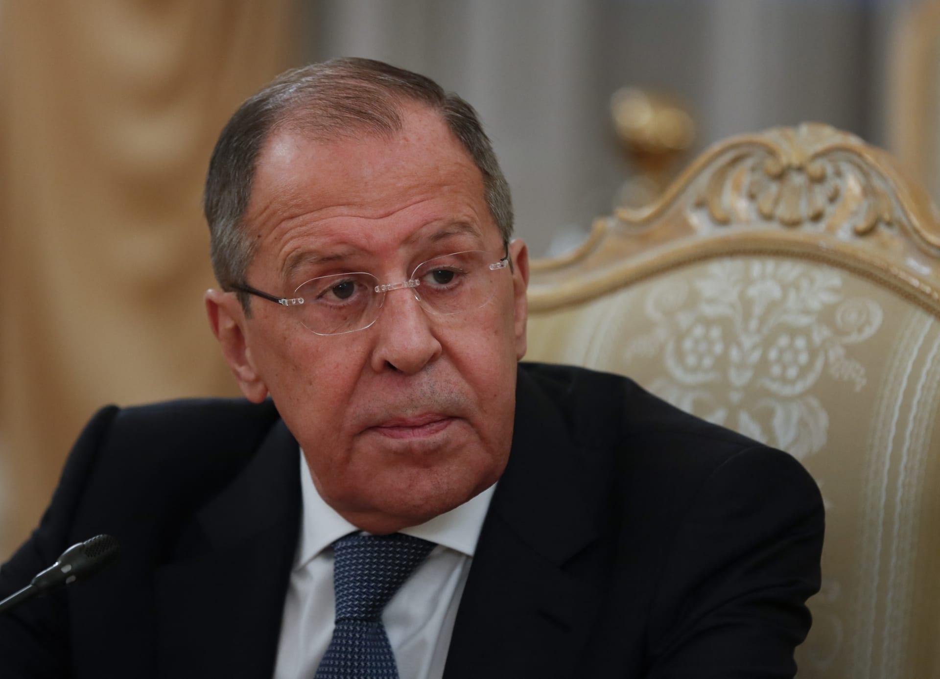 وزير الخارجية الروسي: موسكو ستقترح مغادرة 10 دبلوماسيين أمريكيين