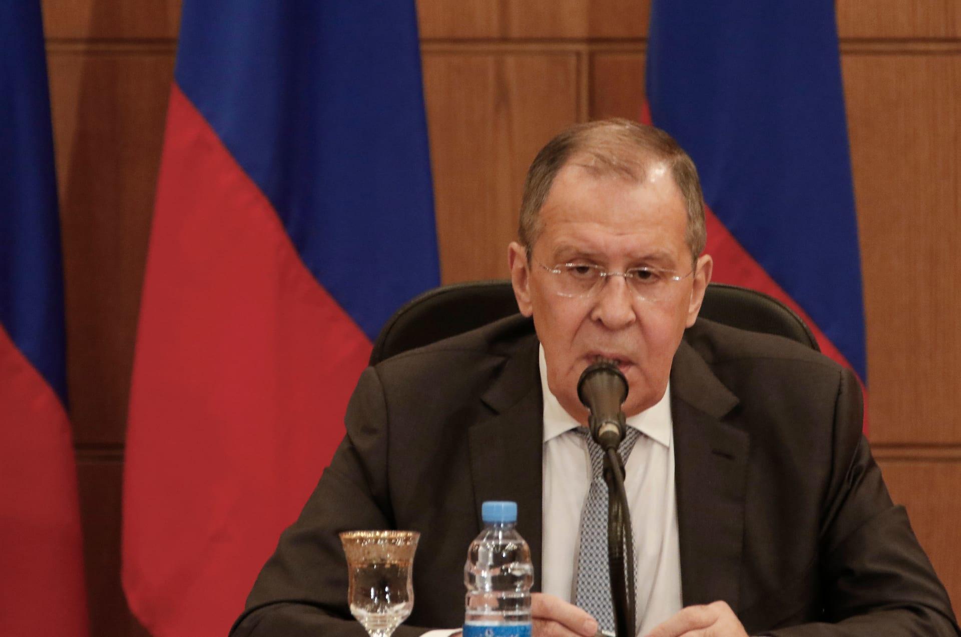 روسيا توصي السفير الأمريكي لدى روسيا بالعودة إلى واشنطن للتشاور